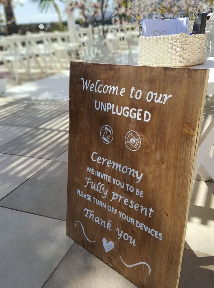 Swift Signs Lanzarote Wedding florists